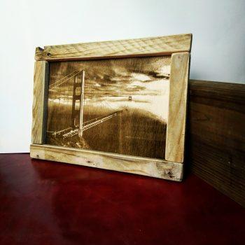 cuadro en madera grabado
