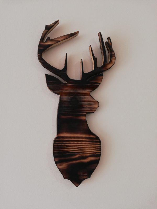 Objetos de decoración en madera